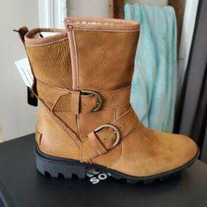 NWT SOREL Waterproof Suede Boot - 8.5
